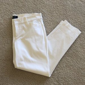 NWOT Old Navy White Pixie Pants